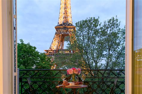 apartment in eiffel tower 2 bedroom paris apartment with incredible eiffel tower views