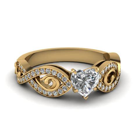 Heart Shaped Modern Diamond Ring In 14K Yellow Gold