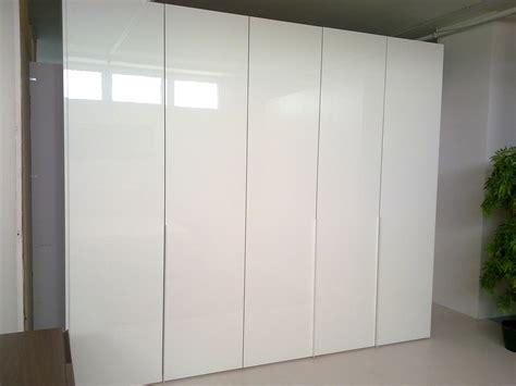 outlet armadio armadio pianca plana scontato 50 armadi a prezzi