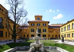 lenbach haus file lenbachhaus m 252 nchen 2013 jpg wikimedia commons