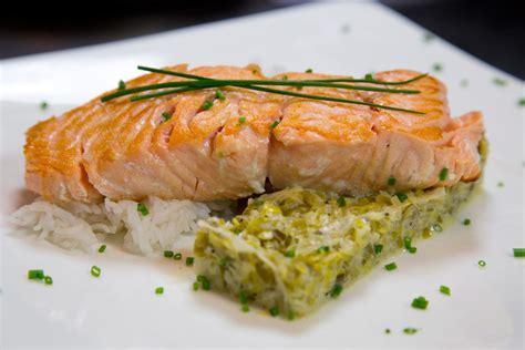 cuisiner des pav駸 de saumon comment cuire pave de saumon