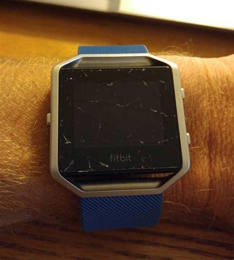Zerkratztes Display Polieren by Solved Blaze Damaged Screen Fitbit Community