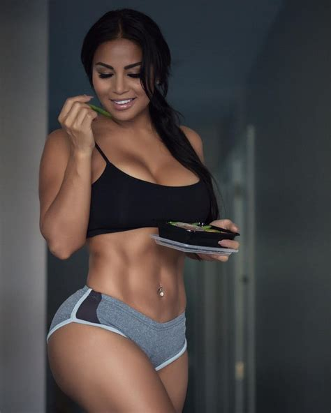 dolly castro big booty nicaraguan fitness model goodfellaz tv introducing model dolly castro check out