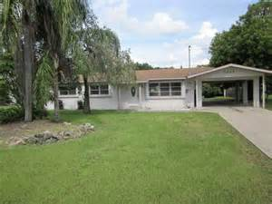 homes for in fort myers fl 7447 coon rd fort myers florida 33917 foreclosed