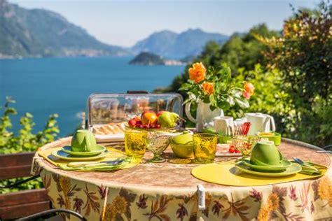 colazione in giardino colazione in giardino picture of le eriche menaggio