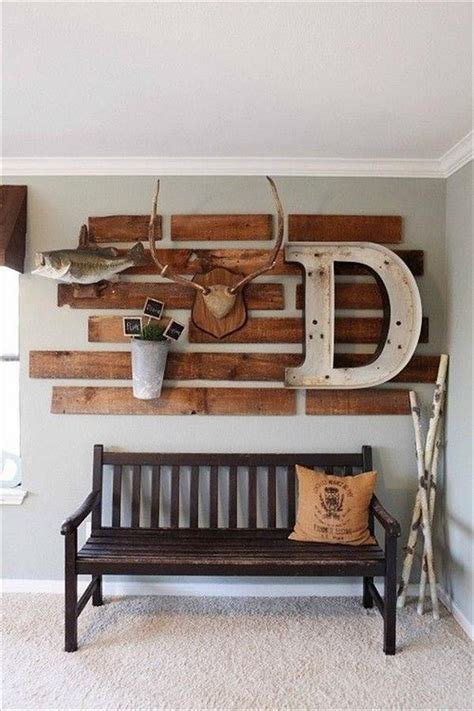 Diy Wood Wall Decor by Diy Wooden Pallet Wall Decor Recycled Things