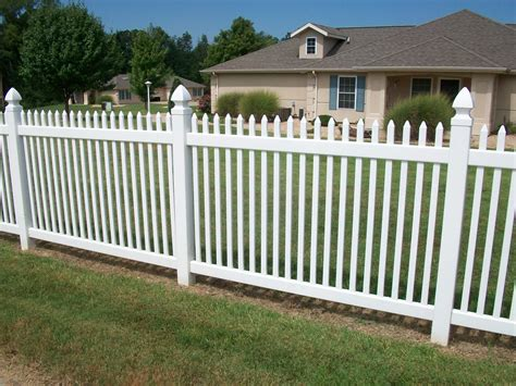 picket fence design ideas with enchanting front yard picket fence designs popular home interior