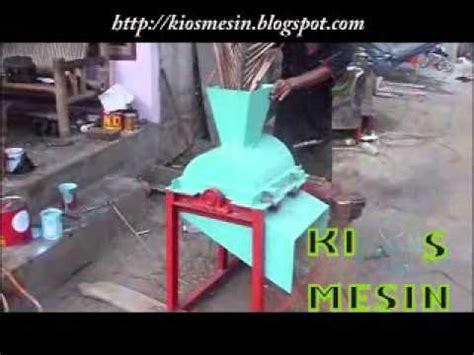 Mesin Pencacah Rumput Tangerang mesin perajang pencacah penghancur jerami dan pelepah kelapa