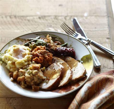 traditional dinner entertaining idea traditional thanksgiving dinner