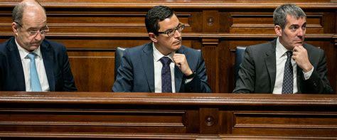 el gobierno de canarias y el parlamento de los pocos que el parlamento derrota al gobierno