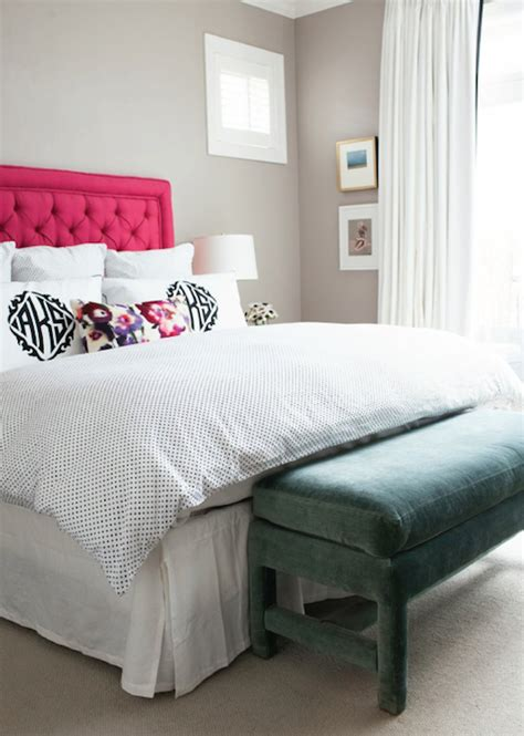 pink velvet tufted headboard design ideas