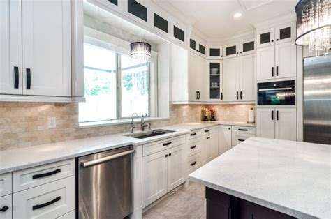 Modern Shaker Kitchen Cabinets by Kitchen With Shaker Style Cabinets Vancouver