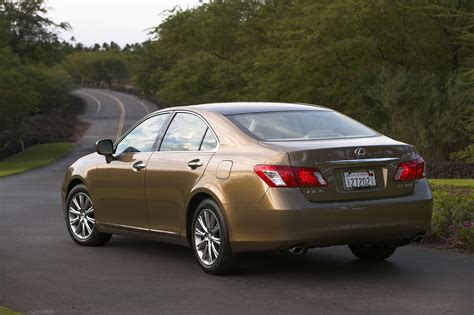 lexus es 350 acceleration toyota s unintended acceleration recall rears its