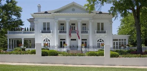 Oakleigh Apartments Mobile Al 8 Beautiful Historic Houses In Alabama