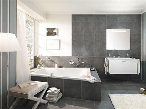 Badezimmer Modern by Fliesenverlegung Kachelofen Grabner