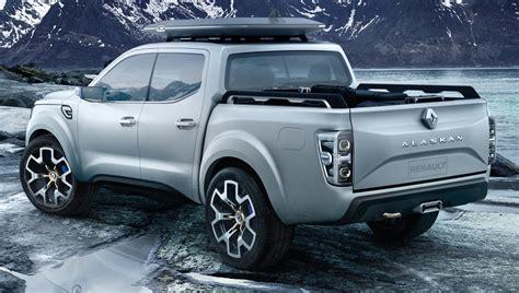 renault alaskan vs nissan navara renault alaskan pick up truck concept unveiled frankfurt