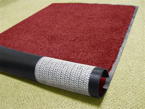 Grip Mat by Floor Mat Grip Is Sticky Carpet By Waterhog