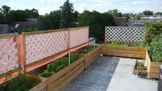Fencing Ideas For Small Gardens Vegetable Garden Fence Ideas Bee Home Plan Home Decoration Ideas Living Room Decoration