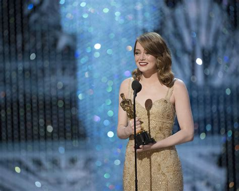 emma stone oscar emma stone wins best actress at the 2017 oscars