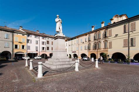 casa mercato reggio emilia piazza spallanzani turismo reggio emilia