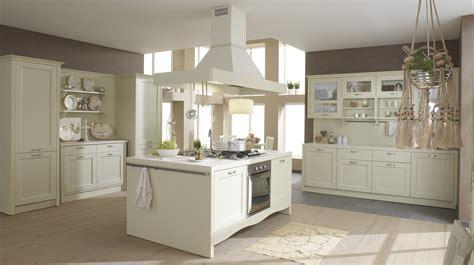 cucine con isola classiche cucine arredamento cucine con isola showroom