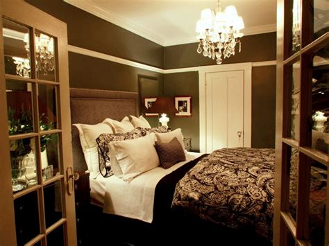 ideas for decorating bedrooms decorating a tiny master bedroom diy small master bedroom