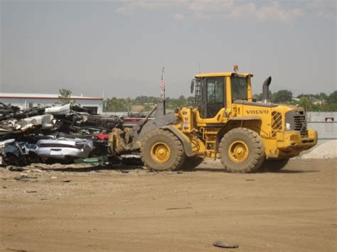 auction  crusher  weeks   lives   cars    service wrecking yard