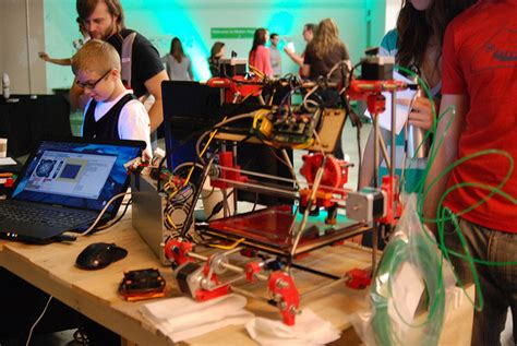 Free 3d Printer chicago library offers free maker space zdnet