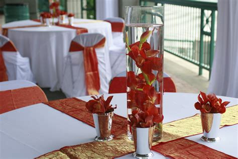 water vase centerpieces coral colored water vase wedding centerpiece the wedding