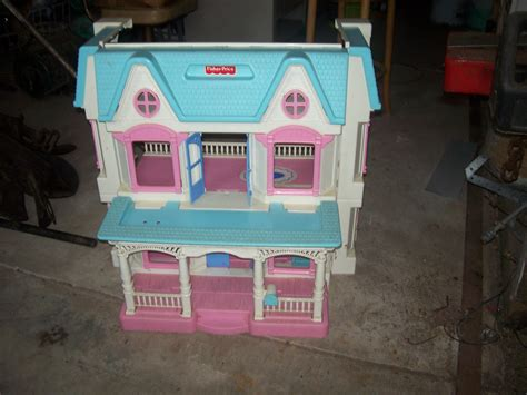 fold up doll house swapmeet fisher price fold up dolls house