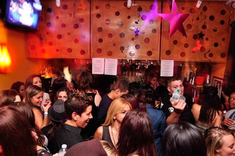 top gay bars in nyc lesbian bars in nyc for the best weekly parties and dancing