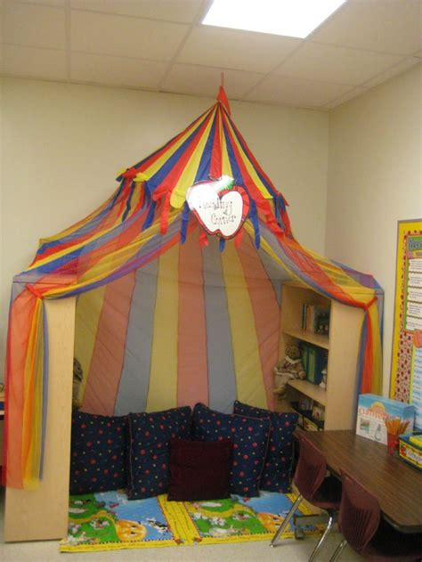 reading corner possible reading corners classroom decor pinterest