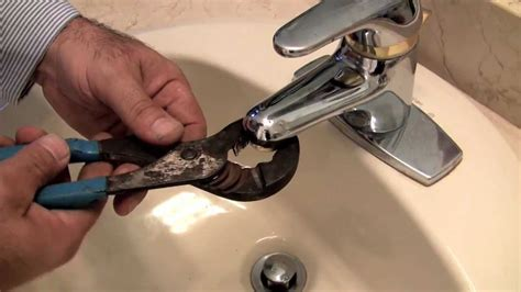 How To Fix Low Water Pressure In Kitchen Sink by How To Fix A Faucet Low Water Pressure