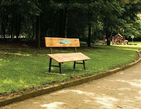 bench ad 20 creative exles of bench advertising inspirationfeed