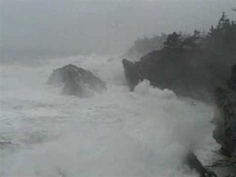 winter storm watching on the oregon coast beachcombers