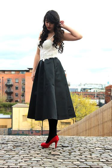 Topshops Take On The Prada Skirt by Topshop Top Coast Skirt New Look Shoes