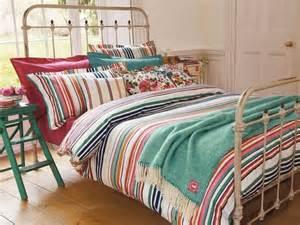 bedding and home decor 8 bohemian chic teen girl s bedroom ideas https interioridea net