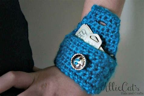 perfect pattern works this little wrist pouch free crochet pattern works up in