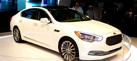 Kia K900 Vs Hyundai Genesis Difference Between 2014 And 2015 Equus Autos Post