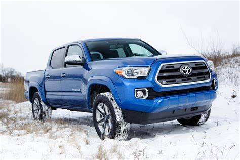New Toyota Tacoma 2016 2016 Toyota Tacoma Reviews And Rating Motor Trend