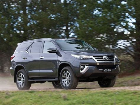 Toyota Car Price 2016 Toyota Fortuner Car Price In Pakistan Review Pictures