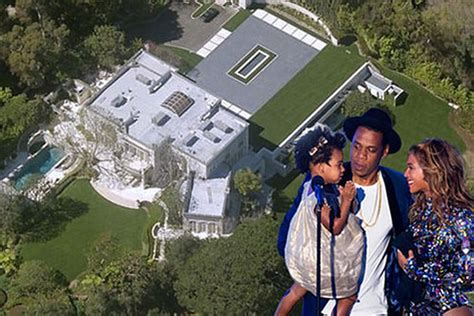 beyonce and jay z house beyonc 233 and jay z are renting the big lebowski s mansion for 150k a month curbed la