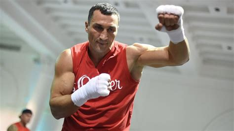 siaran tv tinju wladimir vs tyson klitschko still fans favourite video watch tv show