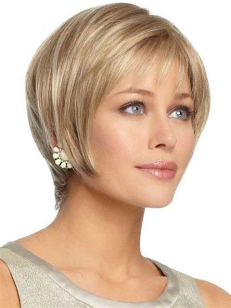 hairstyles formolder women with oval face trendy and flattering short haircuts for oval faces