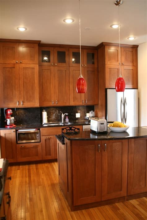 maple shaker cabinets kitchens