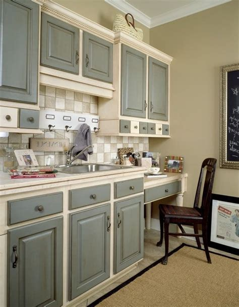 Best Paint To Paint Kitchen Cabinets by Kitchen Cabinet Colors To Paint
