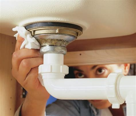 Kitchen Sink Leaks A Guide To Checking For Leaks Your Sink Green Living Ideas