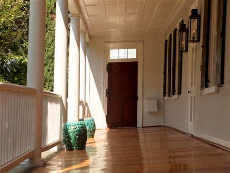 characteristics  charlestons historic homes hgtvs