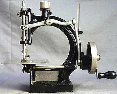 sewing machines antiques history