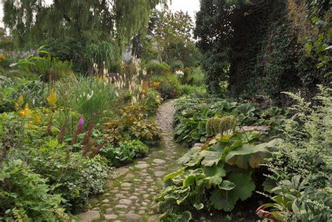 Garten Pflanzen Nordseite by Staudengarten Gross Potrems Gartenrundgang Im September